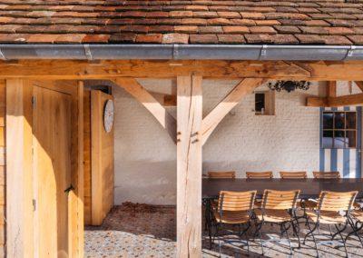 Eiken poolhouse met Bourgondische tegelpannen (Ref. CO EP02)