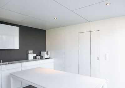 vanhauwood - modern witte poolhouse 3