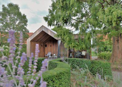 Vanhauwood - modern bijgebouw padoek 2