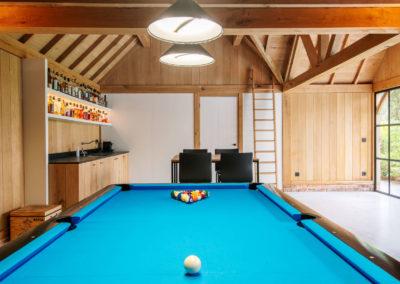 Vanhauwood_poolhouse bourgondische tegelpannen 22