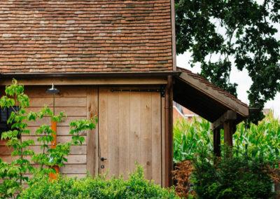 Vanhauwood_poolhouse bourgondische tegelpannen 32