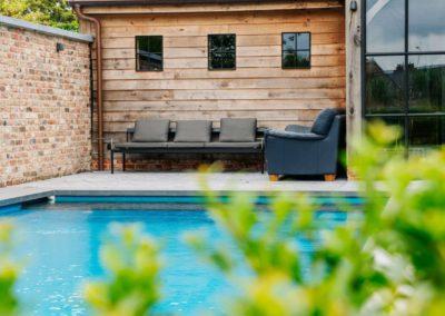 Vanhauwood_poolhouse bourgondische tegelpannen 8
