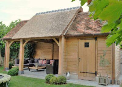 Landelijk tuinhuis combinatie rietdak en Bourgondische tegelpannen (Ref.HRS)