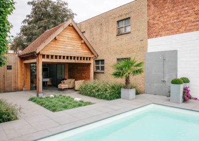Vanhauwood_poolhouse met keukentje eik
