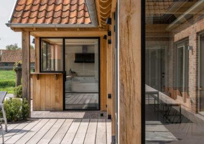 Vanhauwood_eiken poolhouse houten terras