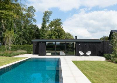 vanhauwood_moderne_poolhouse-zwart 12